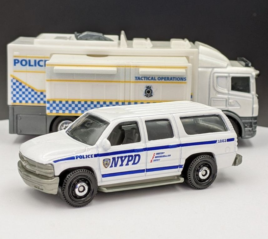 Chevy Suburban NYPD Livery