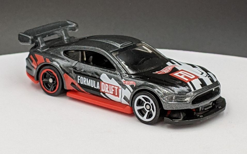 Custom Ford Mustang – Formular Drift Livery