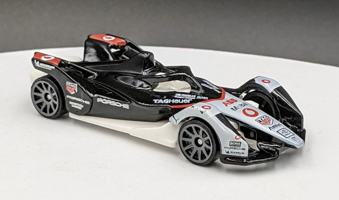 Formula E Gen 2 Porsche Vodafone Livery