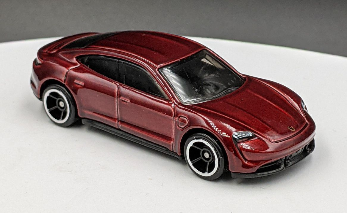 Porsche Tacan