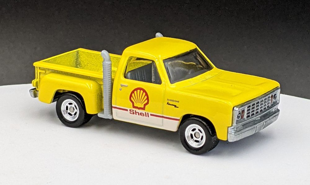 Chevy Little Red Express – Shell Livery