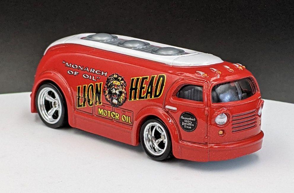 HW Haulin Gas – Lion Head Livery